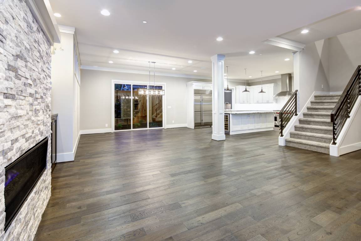 Hardwood Floor Installation & Refinishing